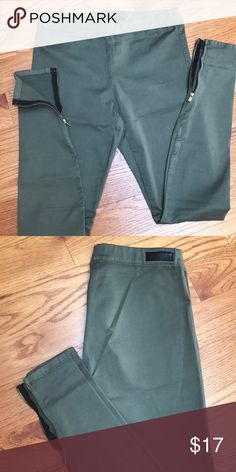 Sage green Joe's pull up pants Mid rise, great condition Joe's Jeans Jeans Skinny