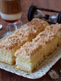 Kulinarne Szaleństwa Margarytki: Raffaello Eli Keto Recipes, Cake Recipes, Dessert Recipes, Cooking Recipes, Polish Desserts, Polish Recipes, Cheesecake Pops, Christmas Appetizers, Cake Cookies