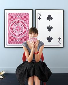 totally for my basement game room someday DIY playing cards wall art; perfect for a game room Do It Yourself Decoration, Do It Yourself Design, Do It Yourself Inspiration, Diy Wall Art, Diy Art, Wall Decor, Josie Loves, Little Green Notebook, Martha Stewart Crafts