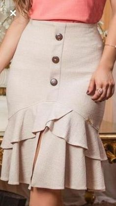 45 Long Skirts For Work – Fashion New Trends 45 Long Skirts For Work skirts front Skirt Outfits, Chic Outfits, Fashion Outfits, Womens Fashion, African Print Fashion, African Fashion Dresses, Work Fashion, Modest Fashion, Fashion Photo