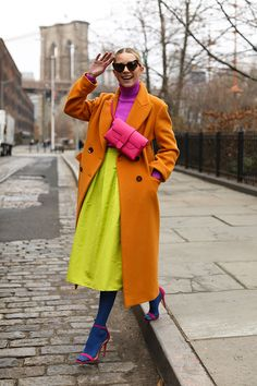 womens fashion How to Look Stylish with Colorful Outfits Ideas Quirky Fashion, 40s Fashion, Colorful Fashion, Look Fashion, Urban Fashion, Winter Fashion, Fashion Outfits, Womens Fashion, Fall Outfits