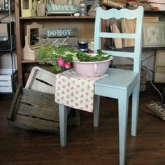My chair makeover by chalkpaint - Dekor Paint Soft - vintage shabby look