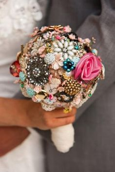 Brides on a Budget: 10 Tricks