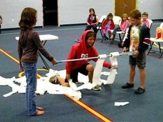 Videos of some fun Minute to Win It Game Ideas for kids Church Games, Kids Church, Youth Group Games, Family Games, Team Games, Fun Games For Kids, Games To Play, Minute To Win It Games For Kids, Pep Rally Games