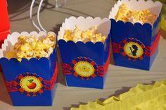 "Photo 1 of 35: Snow White / Birthday ""Erin's Snow White & the Seven Dwarfs Celebration"" | Catch My Party"