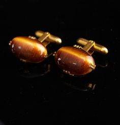 Tiger Eye lets you see everything. Use it for insight and you can be a very lucky person. Here is a great gift idea that shows you took the time to care. It is classic and vintage and we even wrap it for you . Whether it is a memory from their past or something that reminds you of how special they are, it is a unique idea because it is vintage and not something you can buy everyday. Sometimes a personal well thought out gift shows you took the time to care about that special person in your…