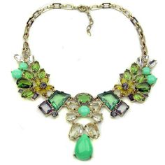 Awesome statement necklace!  Emerald Gem Necklace - Galibardy (love)