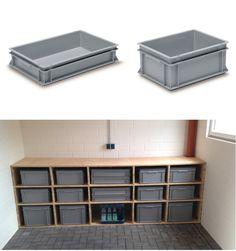 Ordnung schaffen - RAKO Behälter aus Kunststoff in verschiedenen Größen im individuellen Holzregal. Praktisch für die Garage oder den Hobbykeller. Stauraum kreieren ganz einfach!