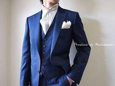 新郎タキシードと一緒に新郎様のシャツにもこだわりを…の画像   大阪・阿倍野 オーダースーツ大阪 ロブザーコ オーダースーツ 結婚式タ… Tuxedo Wedding, Groom Dress, Mens Suits, Groomsmen, Wedding Designs, Suit Jacket, Mens Fashion, Blazer, Jackets