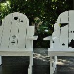 R2 & Stormtrooper hard-carved Adirondack chairs: http://j.mp/1bhA1Mw - via @ThinkGeek