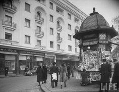 Athenee Palace februarie 1940 Documentary Photographers, Female Photographers, Fort Peck Dam, Paris, Margaret Bourke White, Visit Romania, Old City, Timeline Photos, Eastern Europe