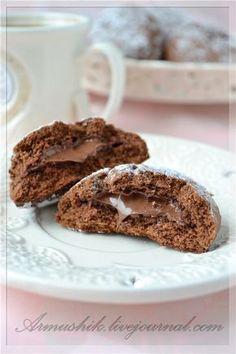 Просто-быстро-вкусное печенье-настоящее лакомство для шокоманов!:) -------------------------- ~1,5 ст. муки ( может понадобиться чуть меньше,я добавила 1 1/4 ст.) 100 г сливочного…