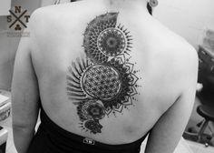 Татуировка с изображением узора - мандала в стиле дотворк по индивидуальному эскизу