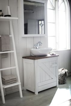 We are specialists in one area: The bathroom. Where we strive to develop the best products in the bathroom furniture, bath, shower and toilet, piece by piece, without losing the overall look. Bathroom Bench, Ikea Bathroom, Upstairs Bathrooms, Bathroom Spa, Bathroom Toilets, Bathroom Furniture, Wood Bathroom, White Bathroom, Bathroom Ideas