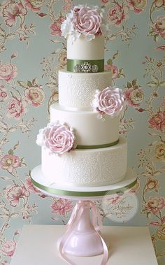 Stencil and roses wedding cake