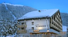 Hôtel Vanessa Verbier The Hotel Vanessa is located in the centre of Verbier, 5 minutes' walk from the ski lift. It offers free Wi-Fi and free garage parking. All rooms have a balcony overlooking the Alps.  You have free access to the Hotel Vanessa's hot tub and sauna.