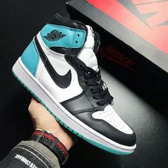a06db38da13318 Air Jordan 1 Retro High OG NRG Igloo 861428-100 Pink Jordans
