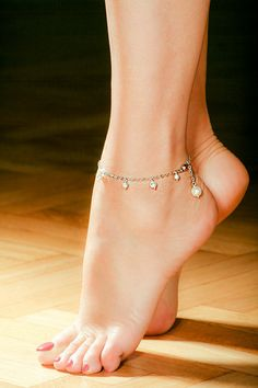 Beautiful, Pretty toes and Anklet on Pinterest