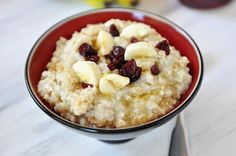 How can you not be a fan of a delicious, healthy breakfast that practically cooks itself? These versatile overnight steel cut oats are just that: Delicious, healthy, and simple!