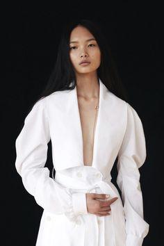 CLEAN SLATE - model: Ling Chen - photography: Nadia Ryder - styling: Sophie van der Welle - hair: Maki Tanaka - makeup: Anne Sophie Costa - manicure: Roxanne Campbell - Elle UK June 2017