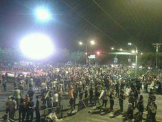 "20 de mar. de 2014 / ""#CARABOBO SE PRENDIÓ  Nos declaramos en ESTADO DE REBELIÓN junto al #TÁCHIRA! Ahora TRANCA TU CALLE! #20Mar #SOSVzla"""