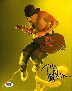TIm Armstrong 'Rancid' Signed 8x10 Photo Certified Authentic PSA/DNA Tim Armstrong, Underground Music, Image Of The Day, Psychobilly, New Wave, Musical, Punk Rock, Tiffany, Logos