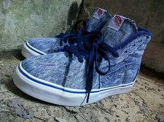 Vans / Acid Wash Sk8-Hi LX / One from the archives. And, the trend returns!