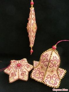 """Diary of the """"Biskornyu and other"""" Krivul'ko """""""" - Country Mom 3 thousand images found in Yandeks. Cross Stitch Christmas Ornaments, Christmas Embroidery, Christmas Cross, Blackwork Embroidery, Beaded Embroidery, Cross Stitch Embroidery, Beaded Ornaments, Handmade Ornaments, Cross Stitch Designs"""