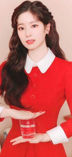 Filipina Beauty, Twice Dahyun, Nayeon, Kpop Girls, Photoshoot, Beautiful, Random, Wallpaper, Fashion