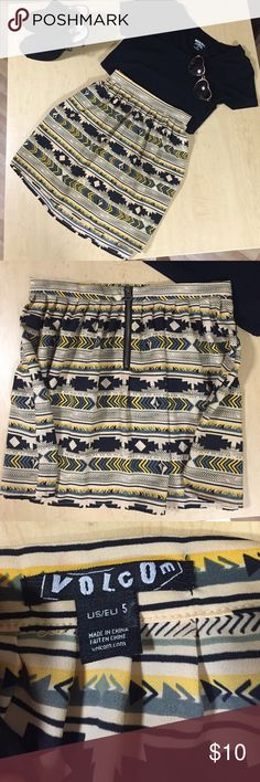 Volcom Tribal Skirt Really fun pleated pattern, would look great with black tights too!! Volcom Skirts Mini