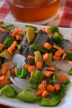 Sardinillas aderezadas http://enmilbatallas.com/2014/09/29/sardinillas-aderezadas/