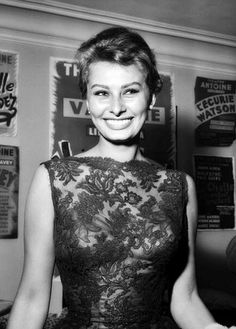 Empieza el día con enegía. Sophia Loren en 1958