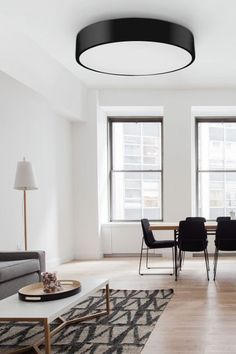 Elegantní stropní svítidlo v černé barvě se hodí do každého moderního interiéru.  #neutralnidesign #inspirace #stropniosvetleni  #svitidlo #luxprim Led, Contemporary, Rugs, Home Decor, Dark Eye Circles, Farmhouse Rugs, Homemade Home Decor, Types Of Rugs, Interior Design