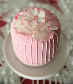 White & Pink Mini Cake