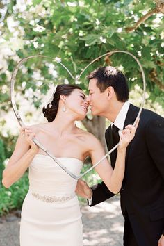 Picture Perfect: How to Take Gorgeous Wedding Photos | Wedding Planning, Ideas & Etiquette | Bridal Guide Magazine