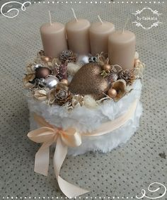 Szívből karácsonyi box – by fabkata – Advent Wreath İdeas. Christmas Advent Wreath, Christmas Candles, Christmas Centerpieces, Xmas Decorations, Winter Christmas, Christmas Time, Christmas Crafts, Mery Chrismas, Advent Candles