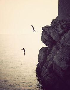Cliff jumping in Dubrovnik, Croatia Adventure Awaits, Adventure Travel, Lotus Azul, Places To Travel, Places To See, Cliff Diving, Cliff Jump, Trekking, Paisajes