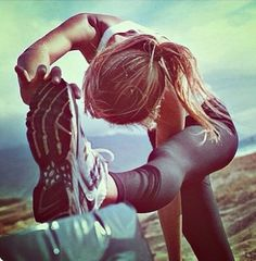 #stretch to keep muscles long and lean! #fitspo