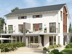 Haus SOLUTION 126 XL V5 • Effizienzhaus von Living Haus • Traumhaftes Doppelhaus mit Wintergarten-Erker und Balkon • Jetzt bei Musterhaus.net informieren!