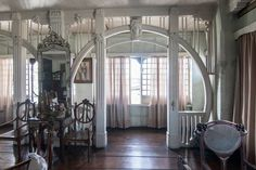 Art Nouveau Interior, Art Nouveau Architecture, Architecture Interiors, Architecture Details, Arts And Crafts House, Architectural Styles, Aesthetic Movement, Unusual Homes, Victorian Art