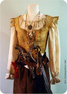 Top at waist jewelry belts Steampunk Pirate, Steampunk Costume, Diesel Punk, Larp, Pirate Garb, Pirate Wench, Pirate Costumes, Cyberpunk, Pirate Fashion
