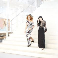 Diane and Hanna Beth on their way to the Met Gala. #HouseofDVF
