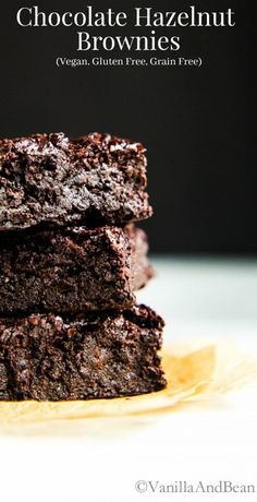 Chocolate Hazelnut Brownies are decadent, rich, fudgy, dark and oh so chocolatey. Vegan + Gluten Free + Grain Free-replace sugar with maple syrup, and hazelnut/almond flour with coconut Low Carb Dessert, Vegan Dessert Recipes, Gluten Free Desserts, Brownie Recipes, Chocolate Recipes, Just Desserts, Baking Recipes, Delicious Desserts, Yummy Food