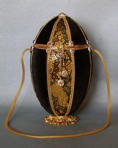 Eggbags - eggbags.com - the Art of Victoria Lane