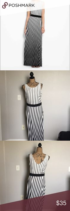 Ann Taylor Maxi Dress This maxi is so comfortable and chic. It's a beautiful statement to your wardrobe! Ann Taylor Dresses