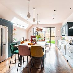 Guide to Kitchen Extensions Herringbone Kitchens Read all our tips for navigating a kitchen extension on our website Small Open Plan Kitchens, Open Plan Kitchen Dining Living, Open Plan Kitchen Diner, Living Room Kitchen, Home Decor Kitchen, Country Kitchen, Kitchen Interior, New Kitchen, Kitchen Ideas