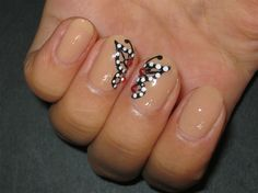 Butterfly - Nail Art Gallery by NAILS Magazine