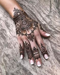 Amazing Advice For Getting Rid Of Cellulite and Henna Tattoo… – Henna Tattoos Mehendi Mehndi Design Ideas and Tips Henna Tattoo Hand, Henna Ink, Et Tattoo, Henna Mehndi, Mandala Hand Tattoos, Arabic Henna, Mehndi Art, Geometric Tattoos, Henna Hand Designs