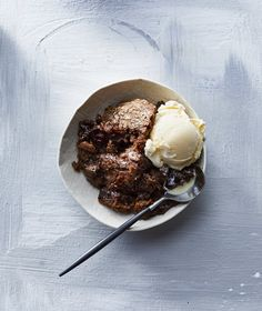 """Slow-Cooker Chocolate Pudding Cake 