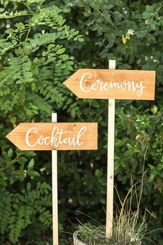 ceremony and cocktails sign